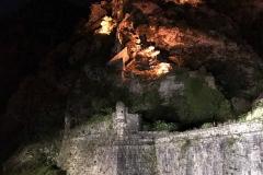 Kotor-Montenegro-mura-fortificazioni-veneziane-colle-san-Giovanni-notte-luci
