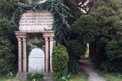 scultura-neogotica-di-parco-sigurta-giardino-romantico-ottocentesco