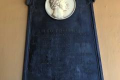 Università-di-Pavia-stele-Ugo-Foscolo