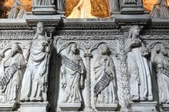 Pavia-San-Pietro-in-ciel-doro-arca-SantAgostino-marmo-scolpito-dettaglio-statue