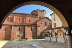 Pavia-San-Pietro-in-ciel-doro-chiostro-esterno-arco