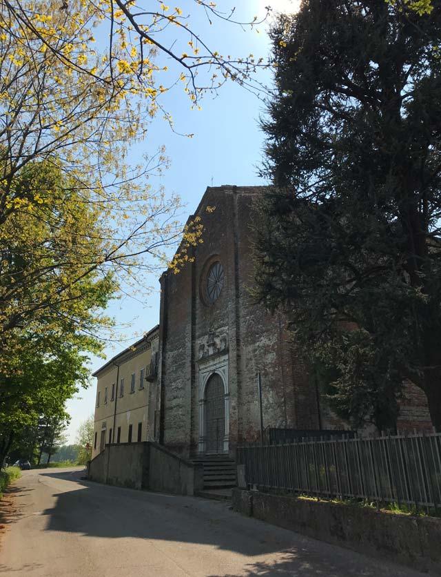 chiesa-di-santa-maria-delle-grazie-di-soncino-facciata-in-mattoni
