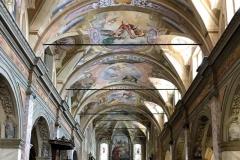 chiesa-di-san-giacomo-soncino-interno-con-affreschi-barocchi