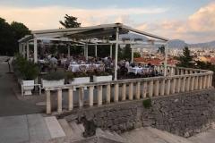 monte-marjan-spalato-ristorante-allaperto-accanto-al-belvedere