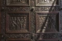 cattedrale-di-san-doimo-spalato-battenti-lignei-con-scene-evangeliche