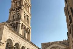 spalato-croazia-campanile-romanico-e-peristilio
