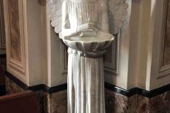 Brunate-chiesa-parrocchiale-santandrea-angelo-acquasantiera