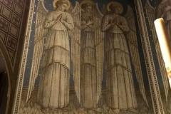Brunate-chiesa-parrocchiale-santandrea-interno-affresco-tre-angeli
